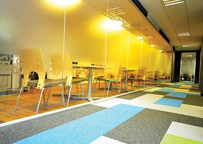 Conseils choisir Office moquette dalles colorees bureaux