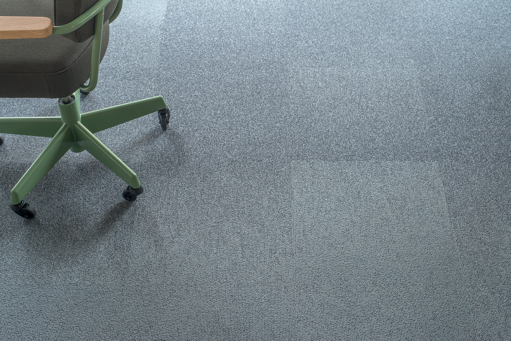 moquette lake moquette anti feu balsan fr. Black Bedroom Furniture Sets. Home Design Ideas
