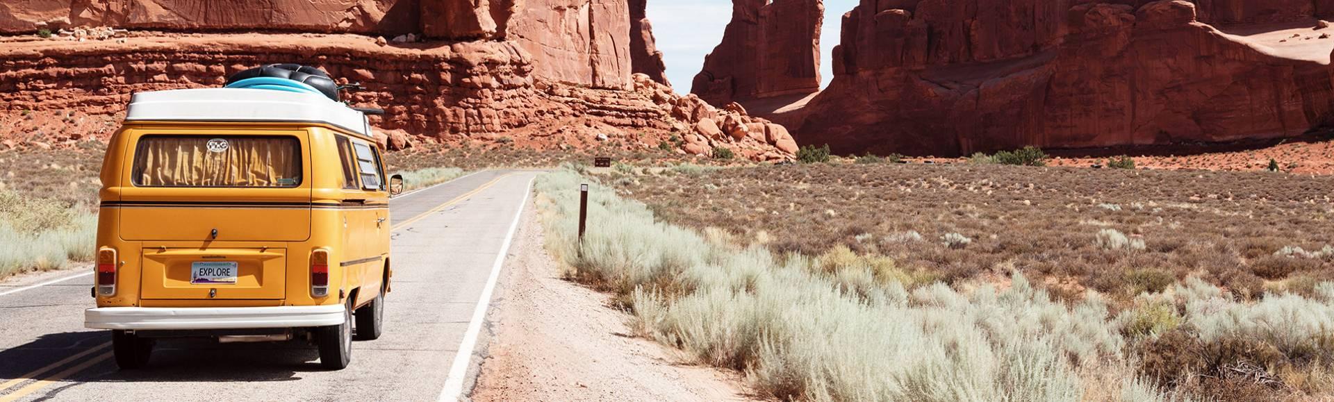 van-vintage-jaune-grand-canyon.jpg